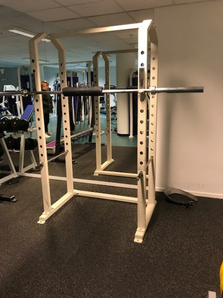 Power rack- CL Fitness