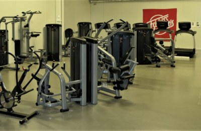Skara Komplett LifeFitness Gym