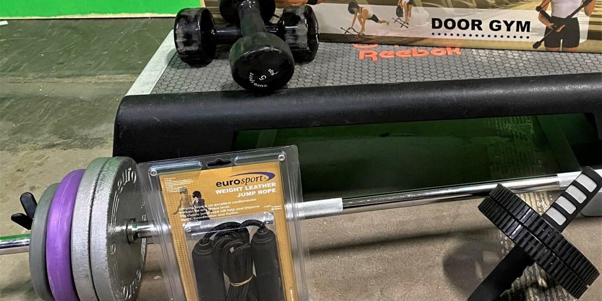 Fler Män tränar Tung-Bodypump med IRON BODYPUMP GrandMaster MaXimus